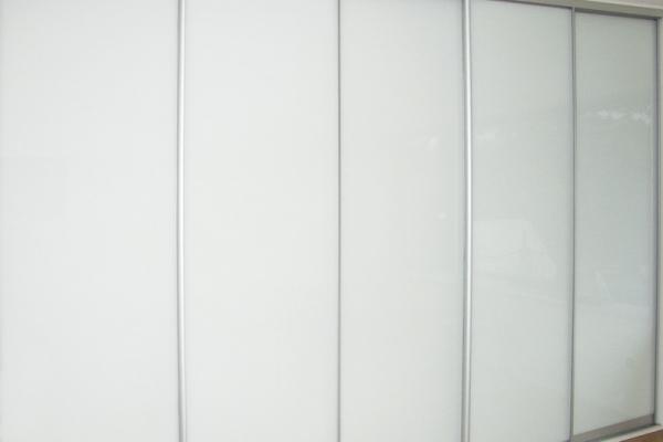 27-skrine1B32643D2-7087-291B-41C5-3D8A393FEFDD.jpg